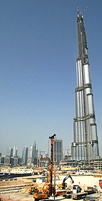 Burj Dubai, world's tallest building,nearing completion by Ron Gluckman